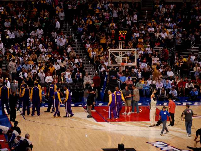 Los Angeles Clippers Middle Seats